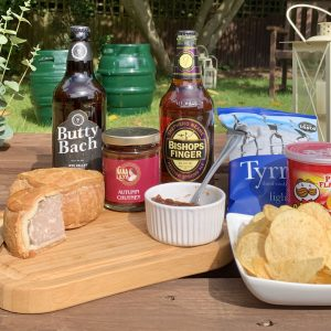 luxury hampers delivery uk